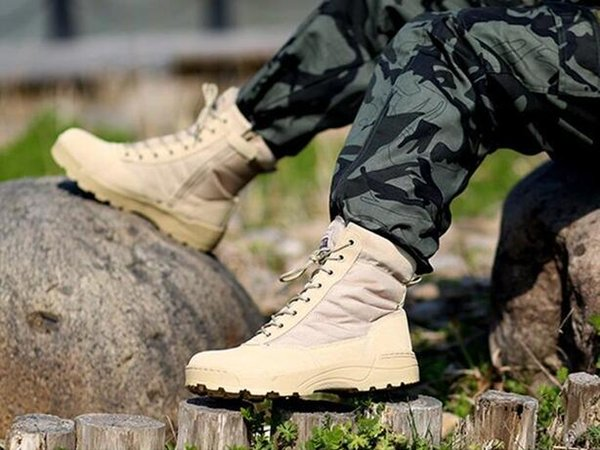2020 novas botas de deserto Martin botas dos homens impermeável anti-derrapante botas modelos líquidas explosão vermelho
