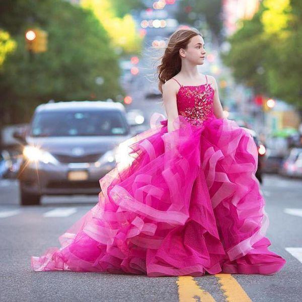 Lujo Fushia Crystal Beaded Ball Gown girls Vestidos del desfile Cute Spaghetti Tulle Ruffle floor Length Birthday Party Wear For girl