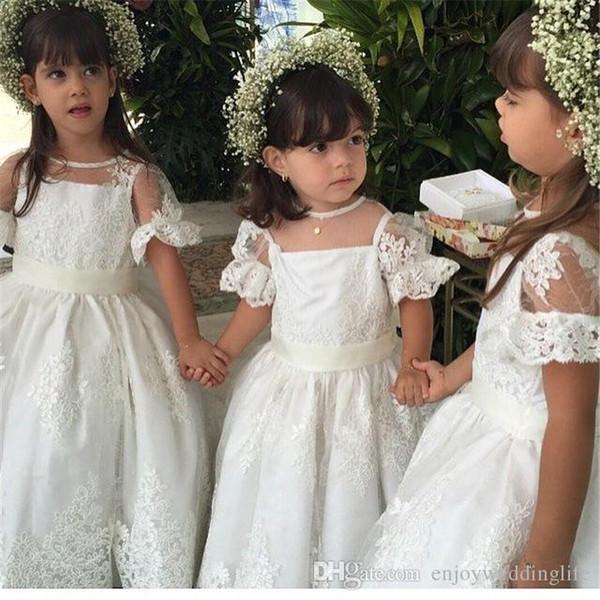 Blumenmädchenkleider Flügelärmel Applikationen Perlen Sheer Kids Formal Wear Kleider für Hochzeit Party Girl Halloween Kleid