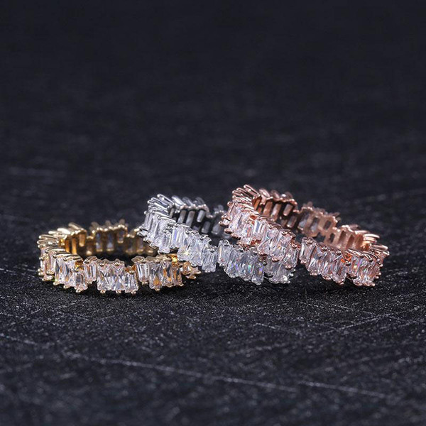 Venta caliente anillos de circón de oro rosa simple banda de alta calidad anillo de dedo anillo de bodas para mujeres joyería de moda regalos de fiesta al por mayor