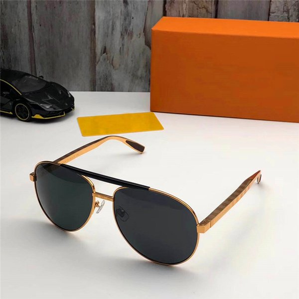 best selling New fashion classic 2342 sunglasses gold frame metal frame UV400 legs retro style outdoor design classic model