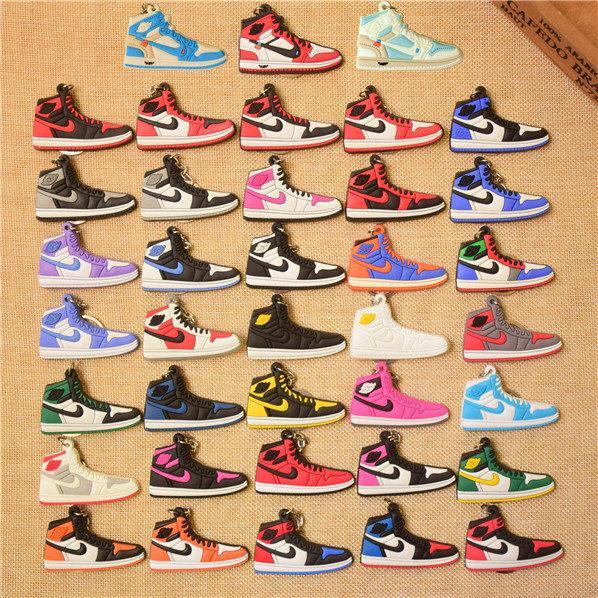 Sneaker Key Chain Joint Co-branded Keychains Nouveaux porte-clés Concessions Accessoires Pour Sacs Bretelles De Téléphone Cellulaire Sac À Dos 38 styles