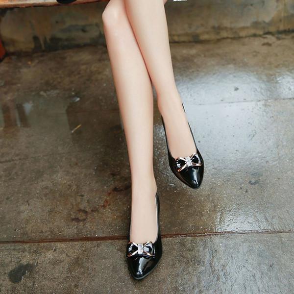 Sapatos Primavera Verão Casual Feminino Elegante Bowknot Decoração PU Superior Mulheres Salto Quadrado Slip-on Senhoras