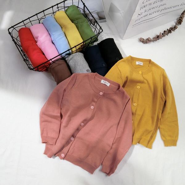 Más nuevos diseños con estilo INS Niños Niñas Cárdigan Botones frontales de otoño Fashons Algodón Cuello redondo Niños Niñas Ropa Suéteres Abrigo