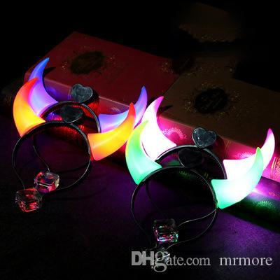 Nouvelle arrivée LED allume clignotant cornes de diable bandeau rougeoyant cornes de diable LED Costume bandeau Halloween Night Light