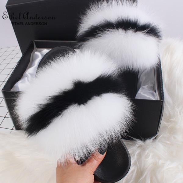 Beyaz Siyah Beyaz