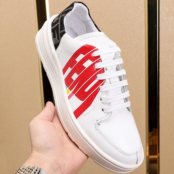 Chegada Nova Sapatos Masculinos Outdoor Sports Walking Luxo Sapatos Lace-up Low Top Plus Size couro homens sapatos plataformas Moda Sneakers Flats