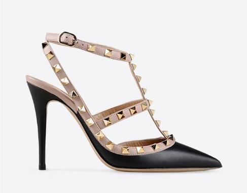 Venta caliente-Diseñador de punta estrecha 2-Correa con tachuelas tacones altos Remaches de charol Sandalias Zapatos de mujer Zapatos de tacón alto de San Valentín