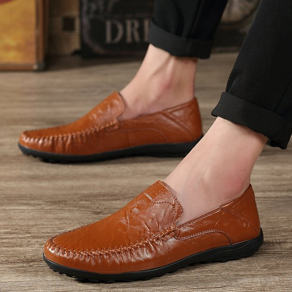Top Selling Young Fashion Trends Classic England Style Comfortable Slip On Soft Genuine Leather Loafers for Men Casual Driving Shoes