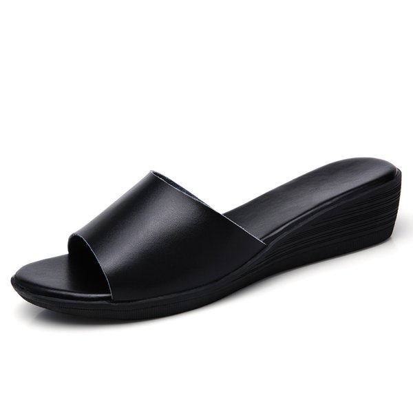 Fashion Women Slippers 2019 Summer Shoes Female Flat Indoor Outside Beach Slides Open Toe Genuine Leather Ladies Wedge Slippers