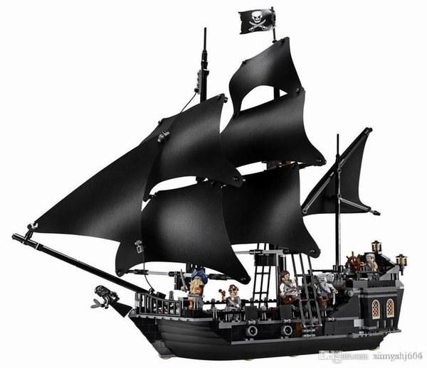 top popular The Black Pearl Ship Compatible inglys Pirates Ships 4184 4195 Caribbean Model Building Blocks Boys Christmas Gift Kids Toys 2020