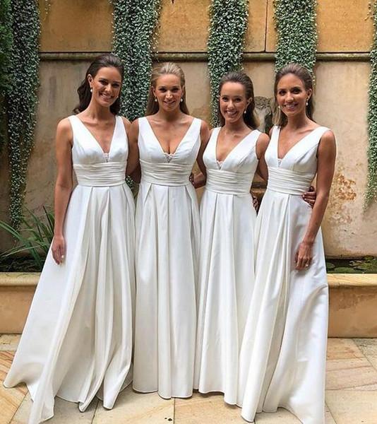 2019 neue weiße billige Brautjungfernkleider Regency sexy V-Ausschnitt Satin lange geraffte Hochzeitsgast Trauzeugin Kleid nach Maß Reißverschluss zurück