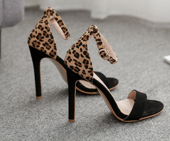 Noir avec Leopard
