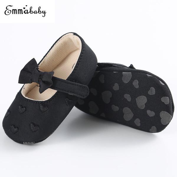 2018 Newborn Girls Shoes Cuore bowknot stampato bambino del bambino tessuto morbido suola scarpe da culla fatti a mano