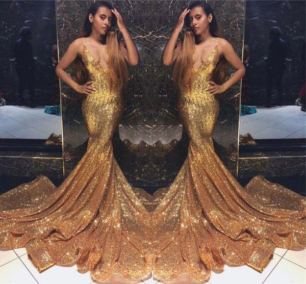 2019 barato cintas de espaguete lantejoulas completas evento do ouro vestidos de baile sexy v profundo decote sem mangas sereia vestidos de baile