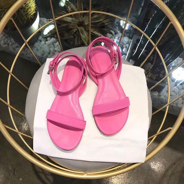 2019 de alta calidad Nuevo estilo de moda para mujer tacones planos de cuero genuino zapatos sandalias casuales de impresión de goma zapatillas Flip Flop Beac