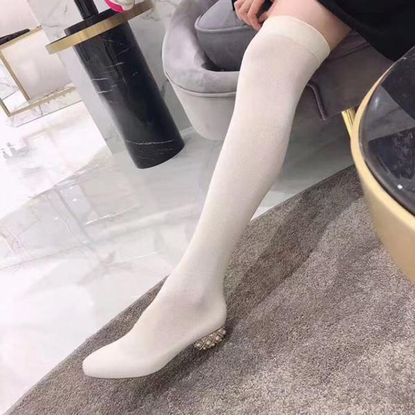 Mode und Qualität Hot Luxus Socken Frauen Stiefel über die Knieaufladungen sexy spitze Zehen Mode Mitte Ferse Winterstiefel elastische Wildleder gestrickt