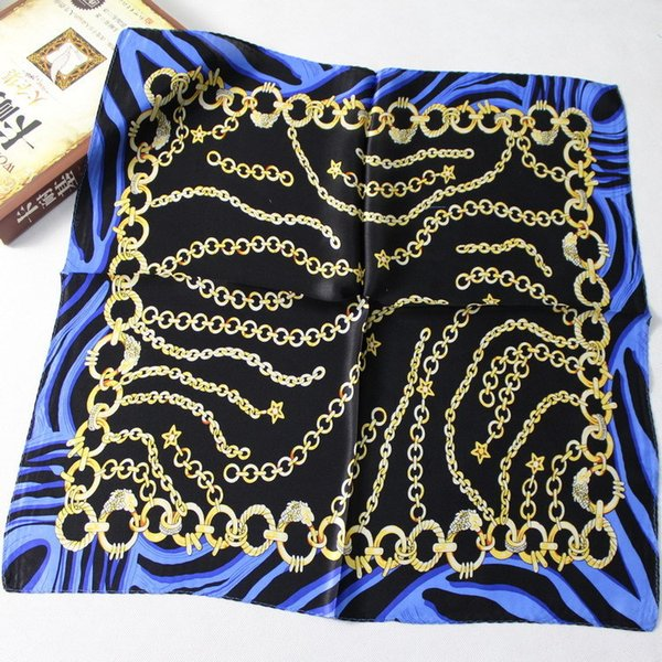 Star chain Blue Black