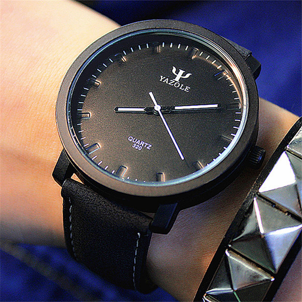 Pelle Montre Femme Moderna Moda Black Watch quarzo delle donne degli uomini del braccialetto di alta qualità casuale orologio da polso per l'uomo