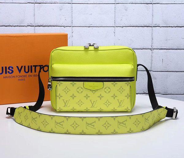 2019 Fashion Bag New Style MEN Backpack For momen Escolar Schoolbag Mochila Cross Body M413753789