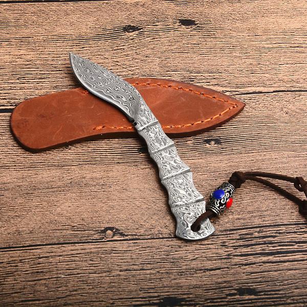 Alta Qualidade Da Perna Do Cão Forma Pequena Damasco Lâmina Fixa Faca De Aço Damasco Lâmina Cheia Tang Lidar Com Facas De Couro Bainha