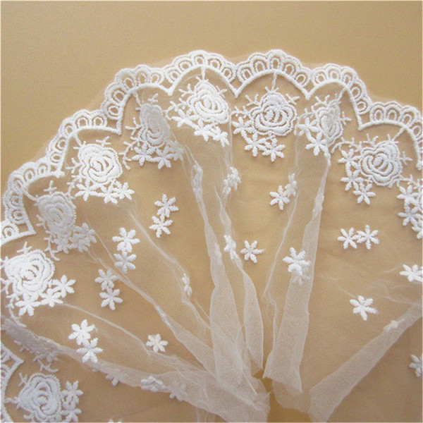 1 Yard Mesh Tulle Rose Flower Edge Lace Trim Fabric Ribbon 9 cm Wide White Trimmings Embroidered Applique Sewing Craft Wedding Dress Veil