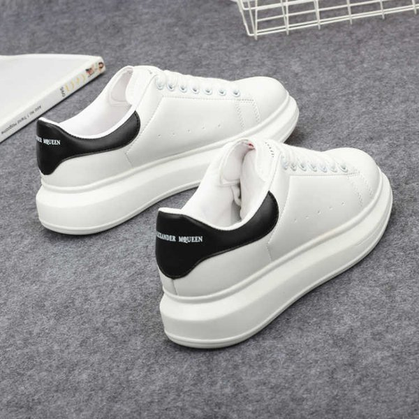 best selling Autumn thick white shoes women's shoes women 2019 new Korean students sports wild breathable white shoes women