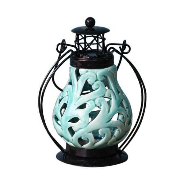Kerzenhalter Kerzenständer im chinesischen Stil Keramik Eisen Hohl Ornamente Laterne