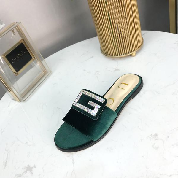 Großhandel 2019 Frühjahr Und Sommer Neue Designer Schuhe Damen Hausschuhe Luxus Strass Dekoration Sandalen Hergestellt In Italien Luxus Samt Damen Von