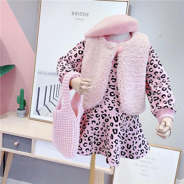 Autunno Inverno nuovo 2019 leopardo ragazze vestiti delle ragazze della pelliccia di moda gilet abiti + 2pcs / figli set abiti bambini abiti firmati ragazze set A9616