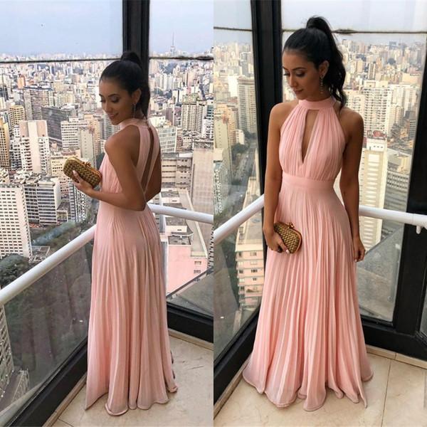2019 nova verão praia boho chiffon damas de honra vestidos de uma linha de halter pescoço plissados flowy chiffon longo maid of honor vestidos bc1239