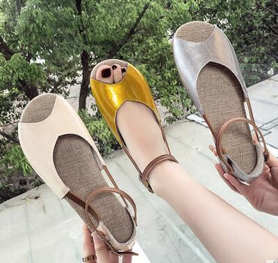 Yeni Moda Bayan Yaz aylarında balık ağı ve plaj ayakkabılı düz tabanlı sandalet