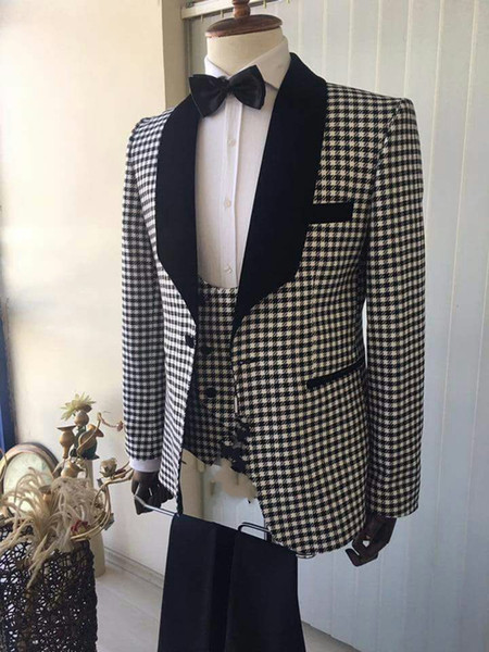 Smoking dello sposo bello One Button Groomsmen scialle Nero risvolto Best Suit uomo Matrimonio / Abiti uomo Bridegroom (Jacket + Pants + Vest + Tie) A145