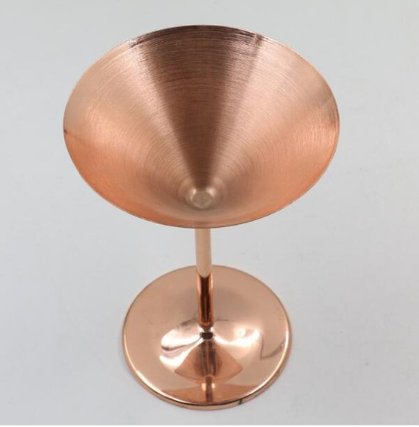 Sell well Cocktail Glass Cup Stainless Steel Wine Cup Hanap Wine Glass Martini Champagne Cup Goblet Bar Tools Mugs for Party Fashion Design