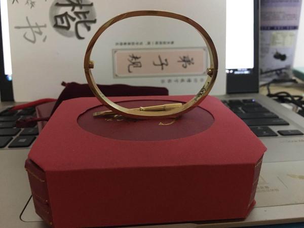 Hot nouvelle marque de mode de haute qualité en acier au titane bracelet en or rose 18 carats bracelet en argent pour les cadeaux cadeau viennent avec sac à poussière