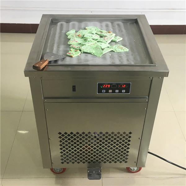 Macchina friggitrice commerciale del yogurt fritto dell'attrezzatura del rotolo del gelato di trasporto 110v 220v frittura elettrica Tailandia Pan del gelato