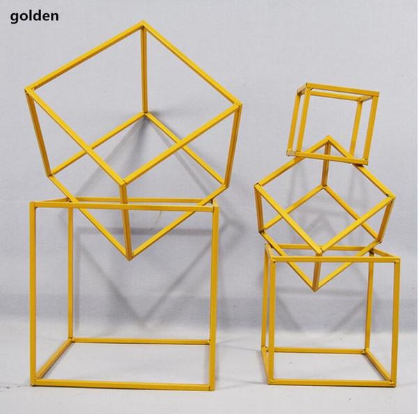 square gold set