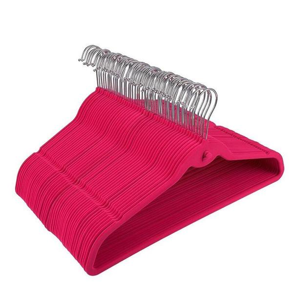 Multifunktions-Reihe von Kleiderbügeln mit Haken Anti-Rutsch-Beflockungsbügel ohne Spur schwarze Kleiderbügel Größe 44,50 cm LX5586