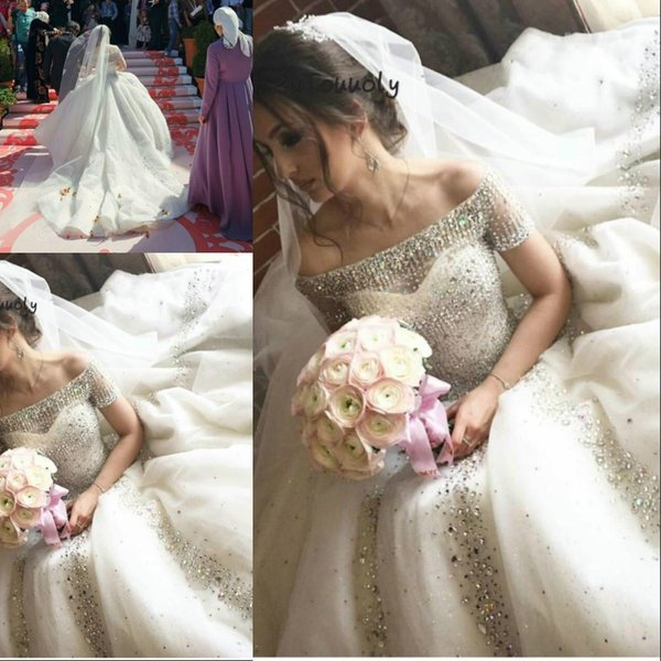 Bling Crystal Dubai Arabic Ball Gown Wedding Dresses Bateau Sheer Neck Short Sleeves Summer Bride Gowns Vestido De Noiva 2020