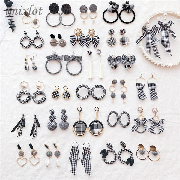Dangle Earrings Elegant Black and White Houndstooth Plaid Velvet Fabric Round Big Circle Long Earrings for Women Distorted Cloth Jewelry