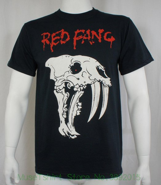 Auténtica camiseta de perro prehistórica de banda de colmillo rojo S M L Xl 2xl 3xl Nueva camiseta 100% algodón de la familia Geek