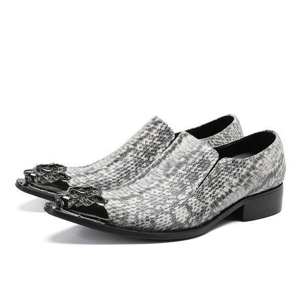 Moda gris zapatos de trabajo de la carrera del hombre del partido de noche zapatos de vestir para hombre del dedo del pie puntiagudo resbalón en los zapatos de boda de cuero