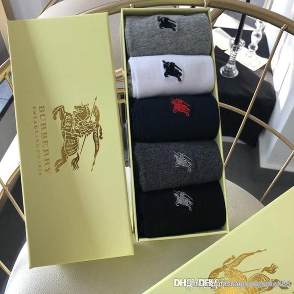 European and American street hip-hop popular logo skateboard socks factory on behalf of the high gang men's hose trend long hose t