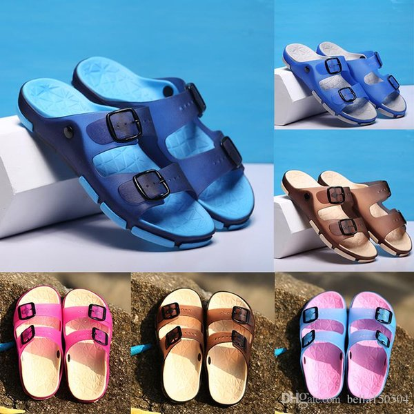 Pantoufles Designer Nouvelle Marque Lettres Desinger Diapositives Hommes femmes Tongs Summer Fashion sandales de plage pantoufles Pantoufles légères livraison gratuite