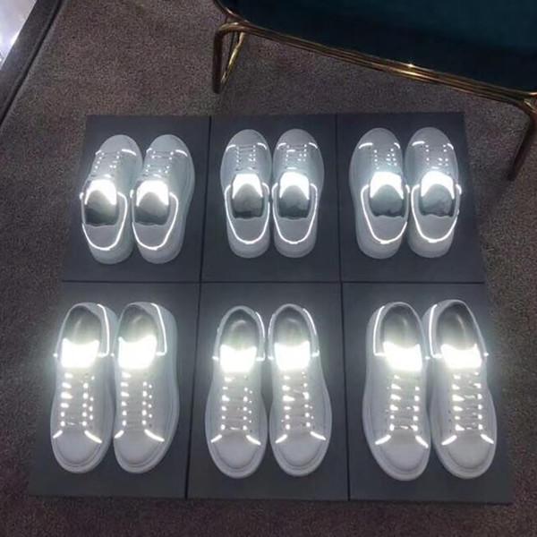Lüks Kadın Rahat Ayakkabılar Mens Yeni Dedigner Yansıtıcı Zamanlı Deri Düşük Üst Sneakers Beyaz Hafif Thrick Alt Rahat ayakkabılar