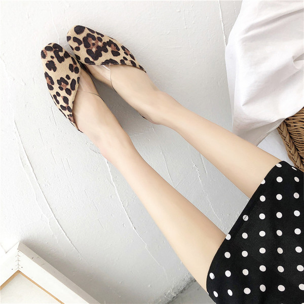 COOTELILI Sommer Hausschuhe Schuhe Frau Slides Low Heels Sandalen Damen Schuhe Closed Toe Slip on