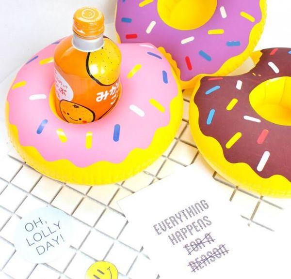 Модули горячие продажи пончик держатель чашки надувные водные подушки с плавающей напиток чашки держатель WL316