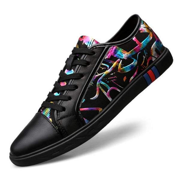 İlkbahar sonbahar Erkek Loafer'lar Erkekler Ayakkabı Rahat Moda Erkek Dantel çiçek Ayakkabı Erkekler Erkekler Için Hakiki Deri Düz Deri Tasarım Ayakkabı 38-46