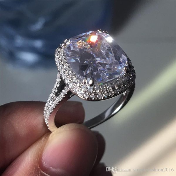 Hot Aaaaajewelry corte do coxim Big 8ct Diamond Ring 925 prata Anel de noivado anel de casamento para mulheres homens Dedo Jóias O melhor presente