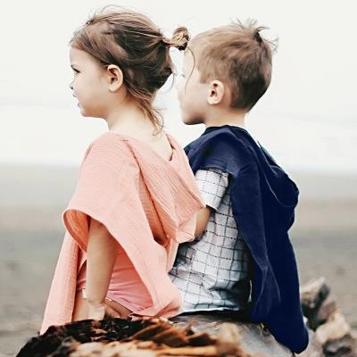 Bebek Kız Erkek Kapüşonlu Pelerin Çocuklar Düz Renk Şal Eşarp INS Yeni Çocuk Püskül Ponpon Panço Giyim 3 renkler